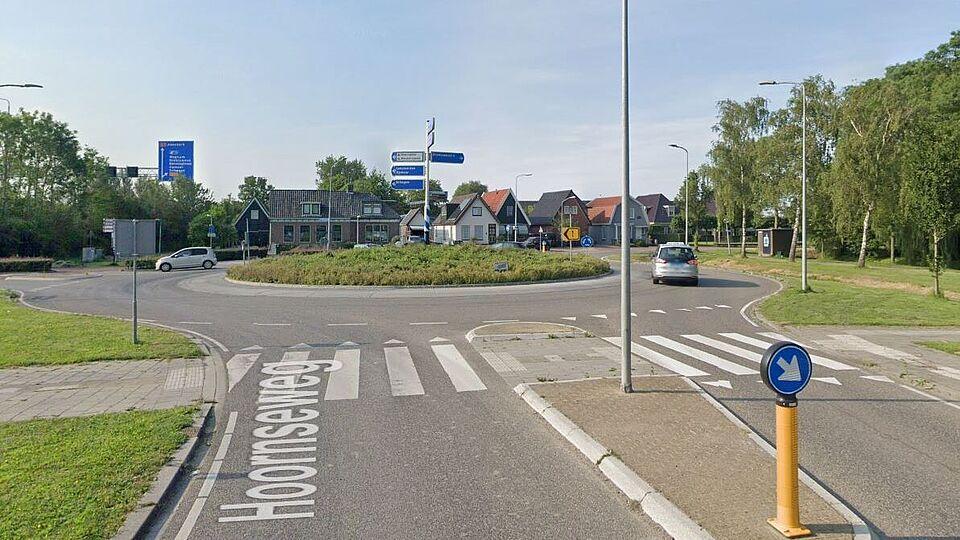 De rotonde Oosteinderweg/Hoornseweg